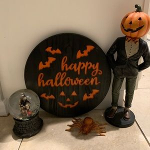 Holiday - Happy Halloween 🎃 custom carved wood sign